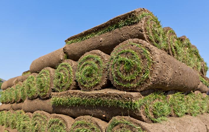 Les Entreprises J. Nadeau | Notre service d'installation de tourbe, pelouse et de gazon
